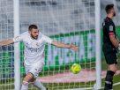 Benzema lập cú đúp ấn định chiến thắng cho Real